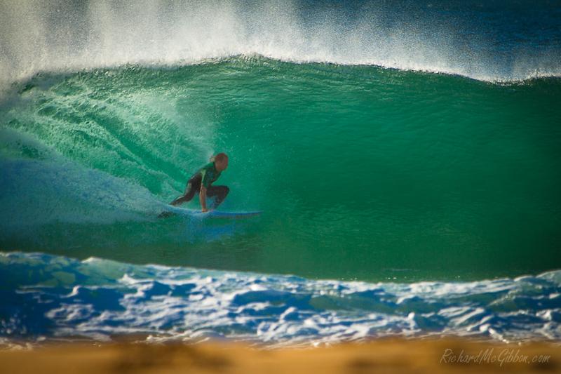Surfing Narrabeen